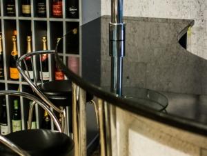 Столешница из гранита для бара